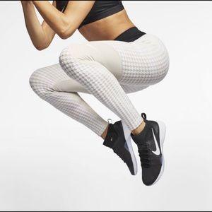 Nike Pro Hyperwarm Leggings Tights Desert Sand